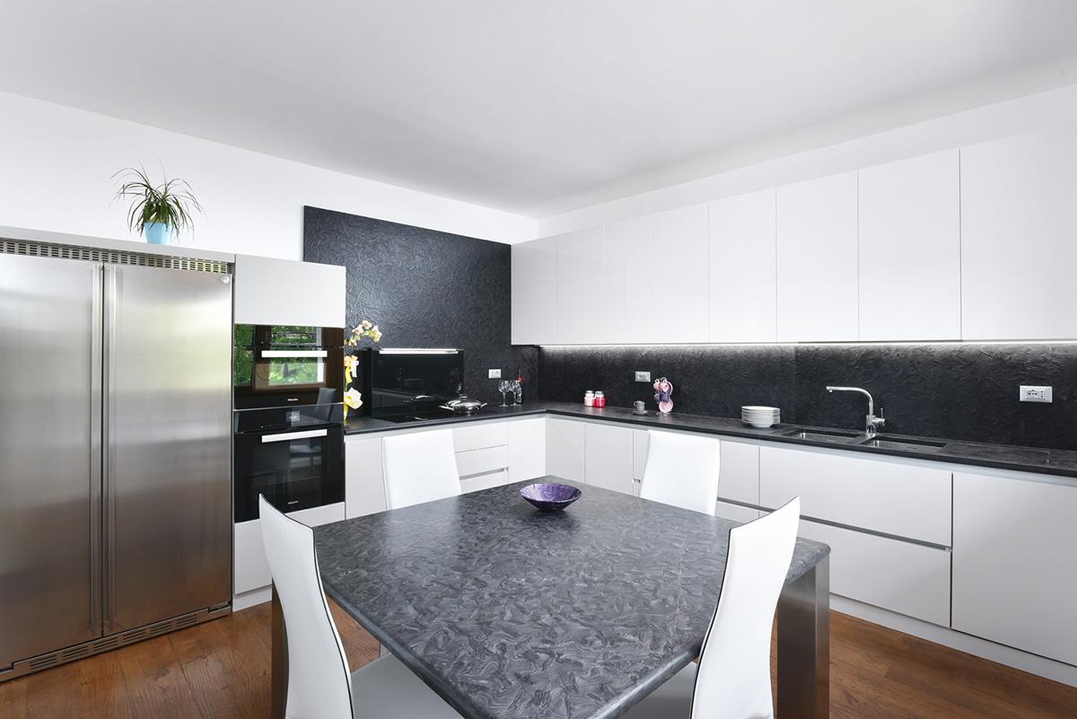 Cucina Legno E Laccato Sirio : Cucina legno laccato e marmo matrix imax falegnameria